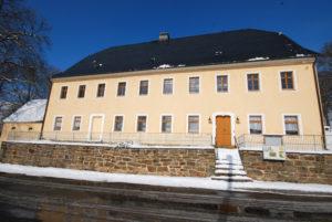 Pfarrhaus Dörnthal - Außenansicht - Straßenseite